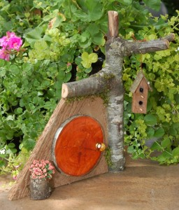 Fairy Door, Hobbit Home, Pixie Portal, Gnome Home - GardenFairies.ca