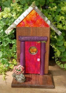 Fairy Door, Hobbit Hole, Pixie Portal, Gnome Home - GardenFairies.ca