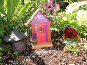 Garden Fairy Doors customer Sandi H. - GardenFairies.ca