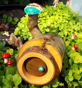 Hobbit Hole - Garden Fairy Doors - GardenFairies.ca